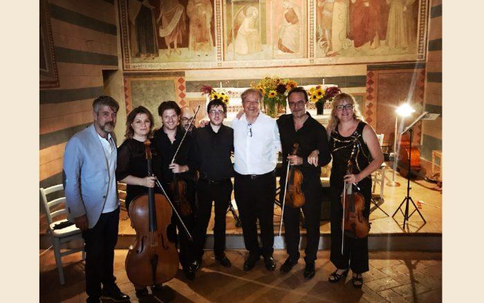 Concerto-di-Andrea-Mati-a-Rosewood-Castiglion-del-Bosco
